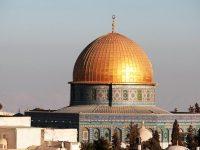 Doa Qunut Nazilah untuk Saudara Kita di Palestina